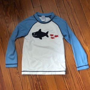 UPF 50+ NWT Mott 50 Boy/'s Long Sleeve Active Shirt 2T White /& Navy Blue